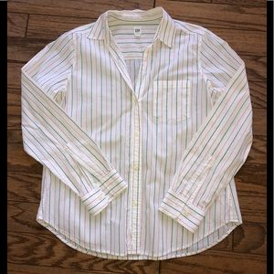 🌴 2/$15 Gap striped cotton shirt medium